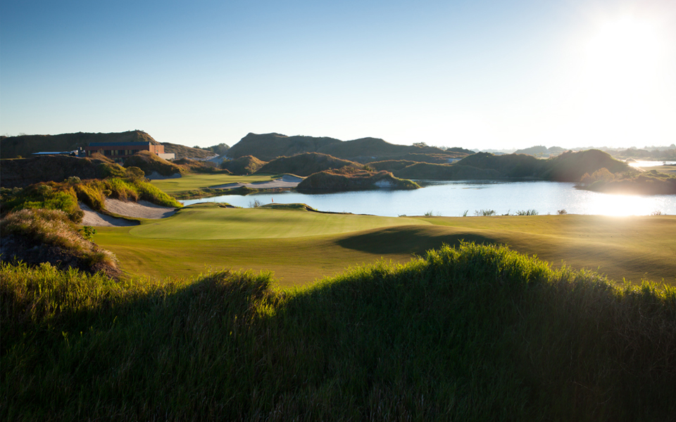 The awesome 18th of Streamsong's Red Course. Photo by Nile Young, Jr. www.nileyoung.com.
